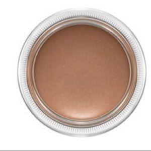 Mac Pro longwear paint pot eyeshadow Groundwork